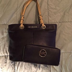 Michael Kors Purple Leather Zip Tote and Wallet